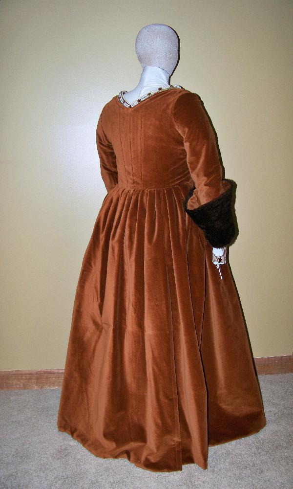 Tudor Lady